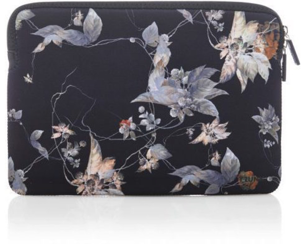 "Trunk Sleeve för Macbook Air/Pro 13""  - Blue Flower"