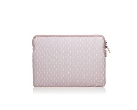 "Trunk Sleeve för Macbook Air/Pro 13"" (2016-2019) -  Rose Leaves"